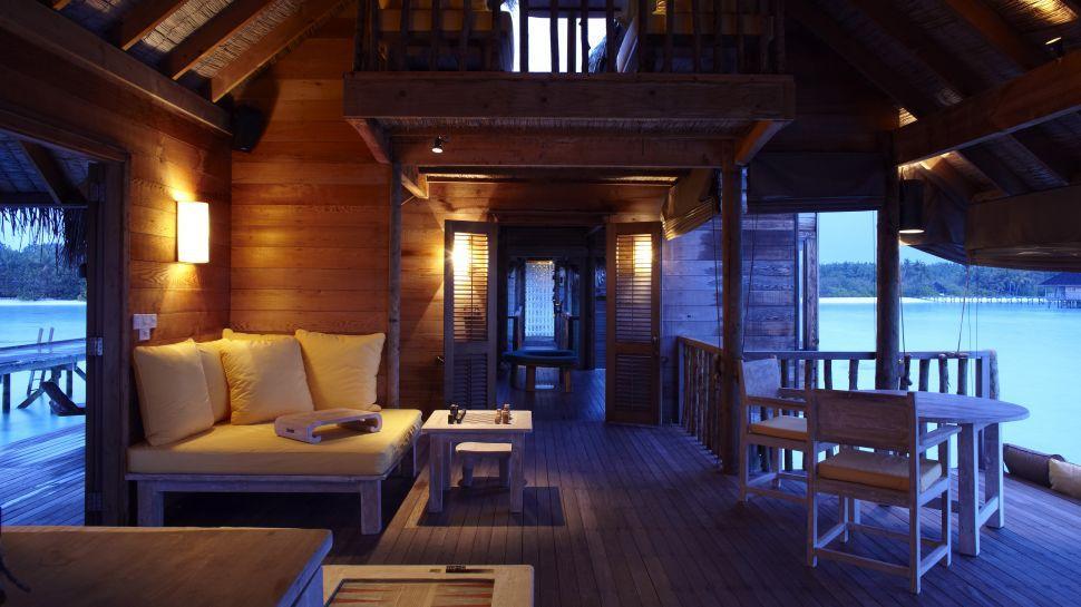 002951-05-villa-suite-lounge