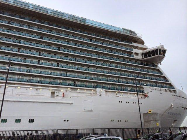 Royal Princess, en modern Love Boat