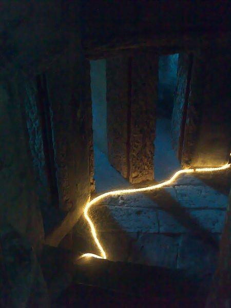 450px-Convento_dos_capuchos_(Sintra)_-_Vista_interior