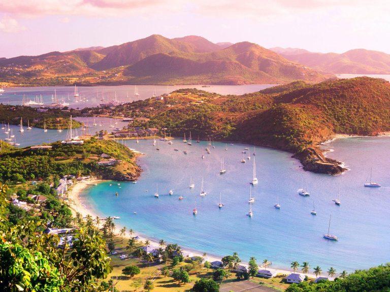 Antigua, jeepsafari offroad, regnskog och första doppet