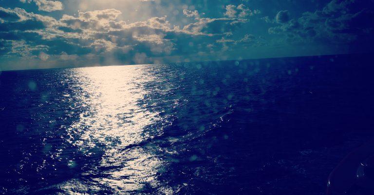 En dag till havs på en Karibienkryssning