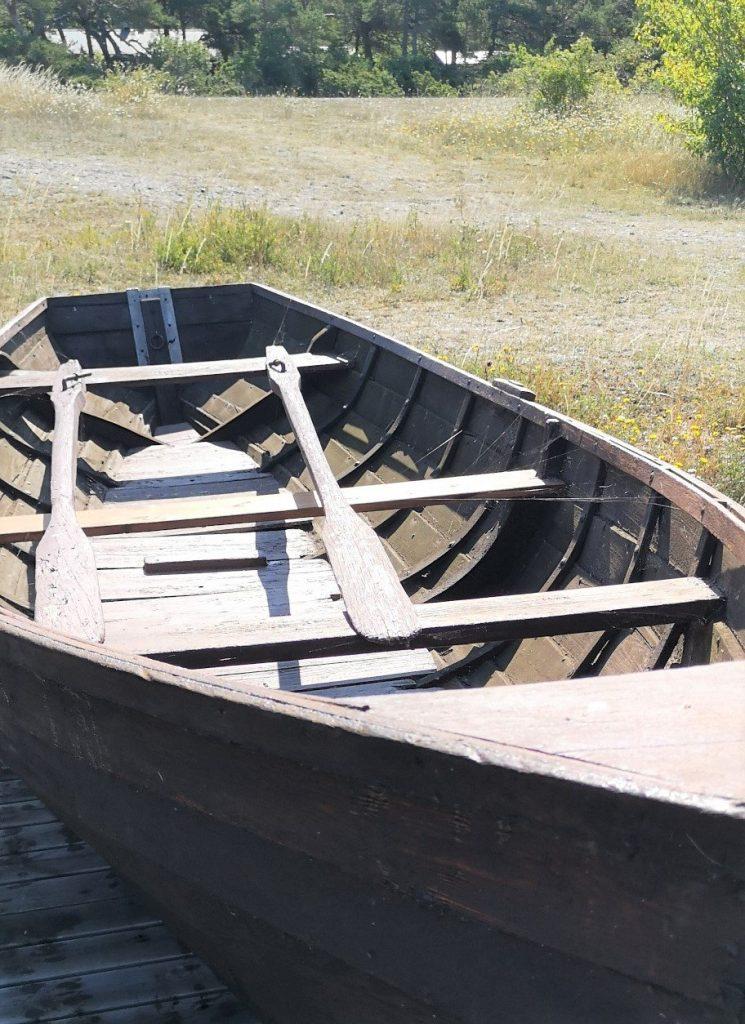 Kryssnig till Visby, ett fiskeläger på Gotland, Resesidan
