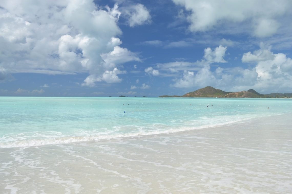 Drömstrand på Antigua 1