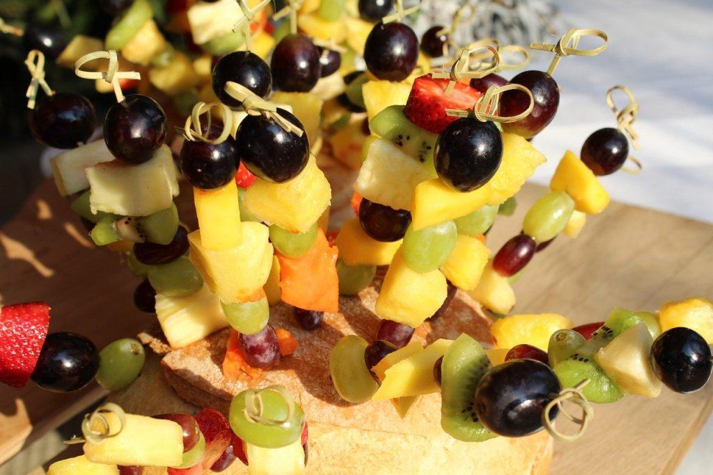 Fruktspett till picnicen