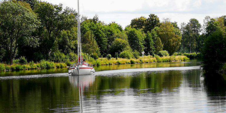 Vi reste längs med Göta kanal